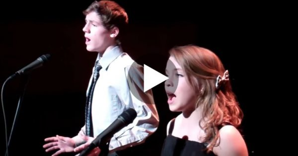 "No One Expected These Two Kids To Sing ""The Prayer"" Like THIS. Now Wait Til The End… I Can't Believe It!!"