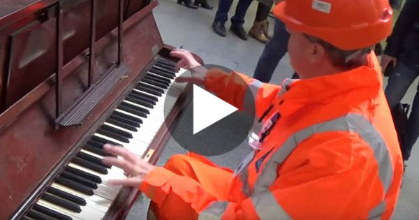 Railway Worker Walks Up To A Public Piano, Seconds Later? He Sends Chills Down Everyone's Spine