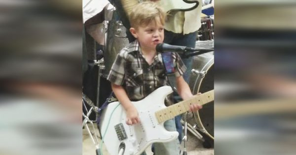 Adorable 5-Year-Old Rocker Joins Dad on Stage and Slays Johnny Cash's 'Folsom Prison Blues'