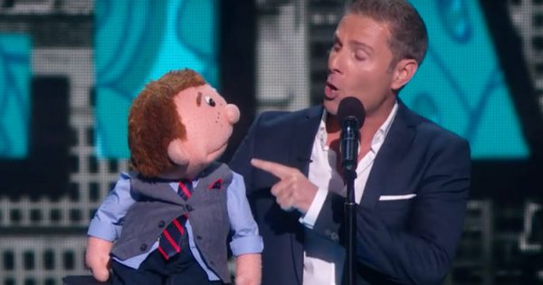 Fed Up Ventriloquist Stops and Walks Off Stage, Then His Puppet Leaves Everyone in a Fit of Laughter