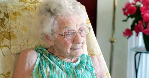 Pastor Gives 100-Yr-Old Woman a Job, Then She Wakes Up at 3 Am to Do The Unthinkable