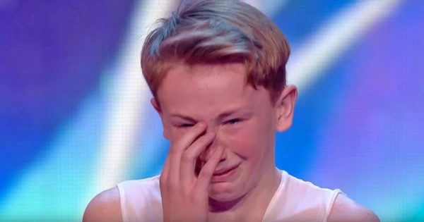 """Bullies Call Him """"Gay"""" Because He Dances – Then Simon Says 4 Words That Make Audience Cheer"""