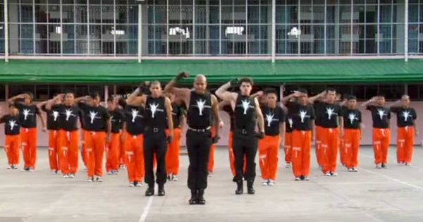 Hundreds Of Inmates Honor Michael Jackson With Epic and Flawless Dance Routine Viewed 28 Million Times