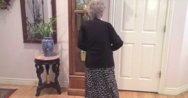 90-Yr-Old Grandma's Favorite Song Plays On and The Internet is Dazzled By Her Daring Moves