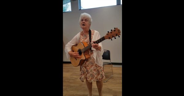90-Yr-Old Grandma Sings Hilarious Version of Patsy Cline Hit That Will Make You Fall to Pieces Laughing