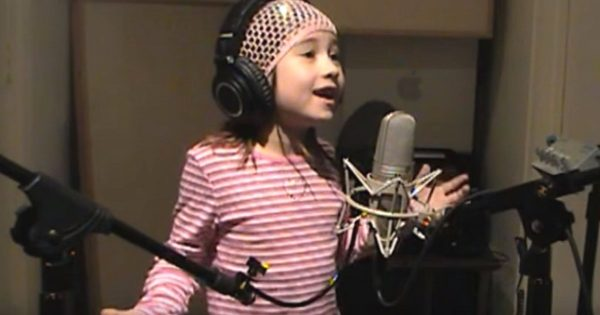 7-Yr-Old Sings Her Heart Out To Soldiers – Moments into Song, The Internet is Stunned by Her Perfect Vocals