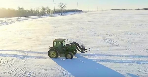 Farmer Drives His Tractor On The Snow, Writes Message That Has The Internet Applauding in Agreement