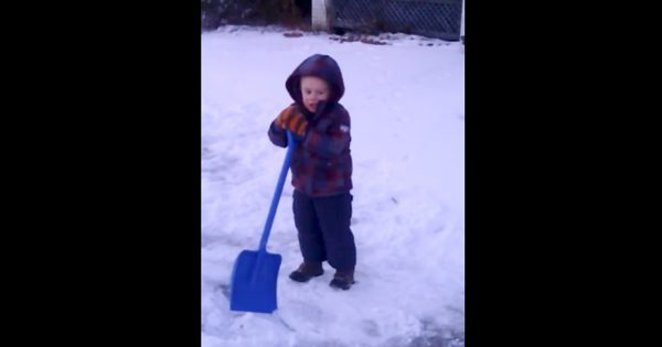 Little Boy Goes Outside to Shovel Snow. But It's What He Has to Say to Jesus That's Making Everyone Cracking up
