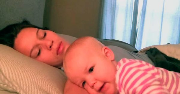 "Mom tries desperately to get some sleep. But baby's ""plan"" has the internet rolling in laughter"