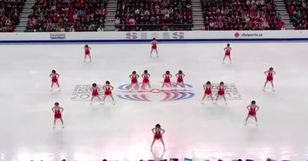 16 Graceful Skaters Stand on Ice — Perform Breathtaking Synchronized Routine That Makes Audience Go Wild