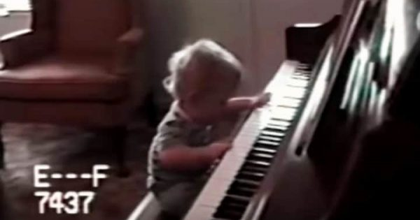 Baby born without eyes sits down at piano. His next move has dad running for camera