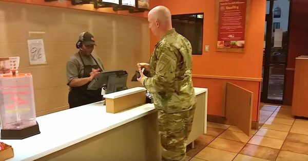 Soldier goes to pay for his meal, then hears 2 unexpected voices behind his back and freezes