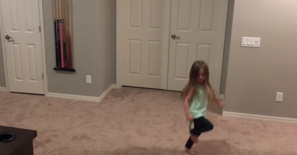 Little girl begins dancing. Seconds into song, her 3 brothers join in for dance routine that's going viral