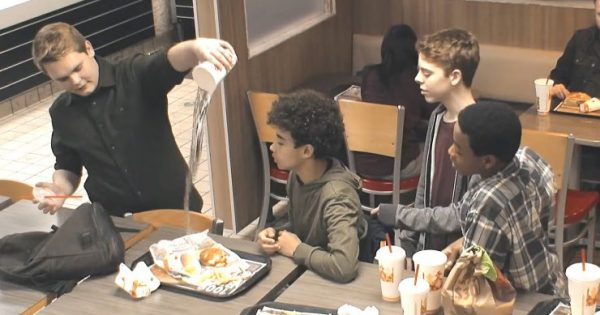 Boy is mercilessly bullied by teens at Burger King. But when stranger tells manager, he gets shocking response