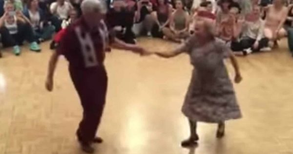 Elderly couple steps on dance floor – becomes Internet sensation moment they start dancing