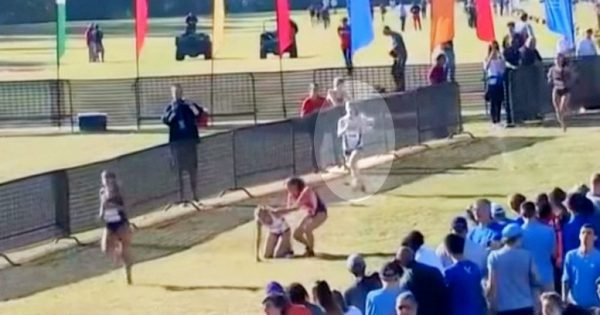 Girl was only metres from finish line when she collapsed – now keep your eyes on runner behind her