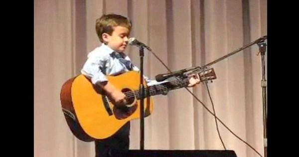 2nd grader claims to sound like Johnny Cash – audience can't believe their ears moment he opens his mouth