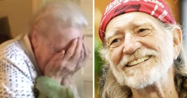 Son tells Willie Nelson about 92-yr-old songwriter – decides to surprise her with something beautiful