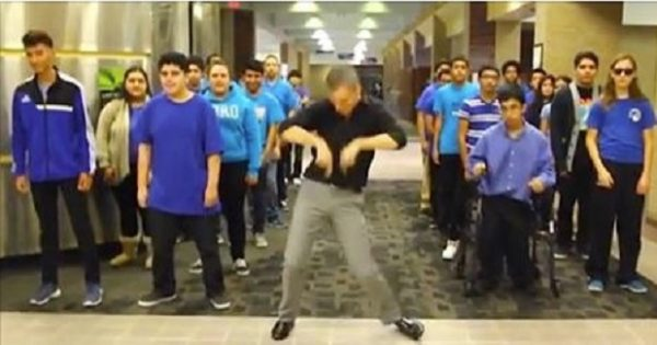Teacher leads over 200 students in choreographed dance to 'Uptown Funk'