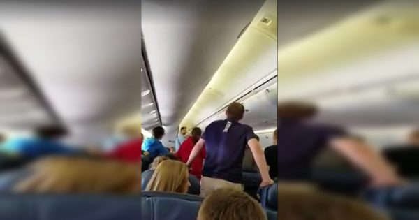 """High shool choir sings amazing rendition of """"The Battle Hymn of the Republic"""" as remains of soldier are carried off plane"""